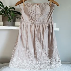 Charlotte Russe Strapless Dress Nude / Embroidery